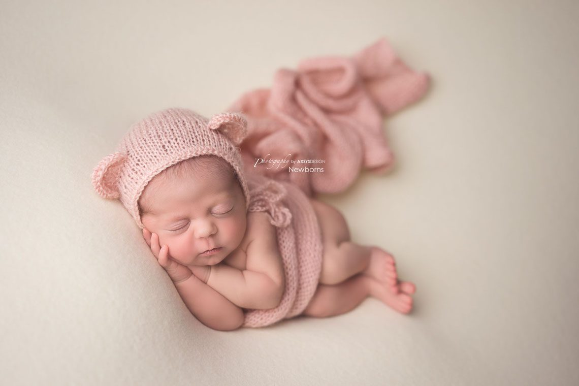 Featured product newborn cloud posing pillow used by photography by axsys design