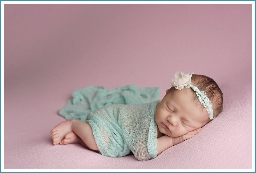 Stefanie Miller using the Newborn Cloud Studio Set + Ring